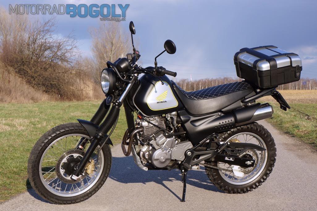 Honda SLR650 Umbau von Bogoly Foto