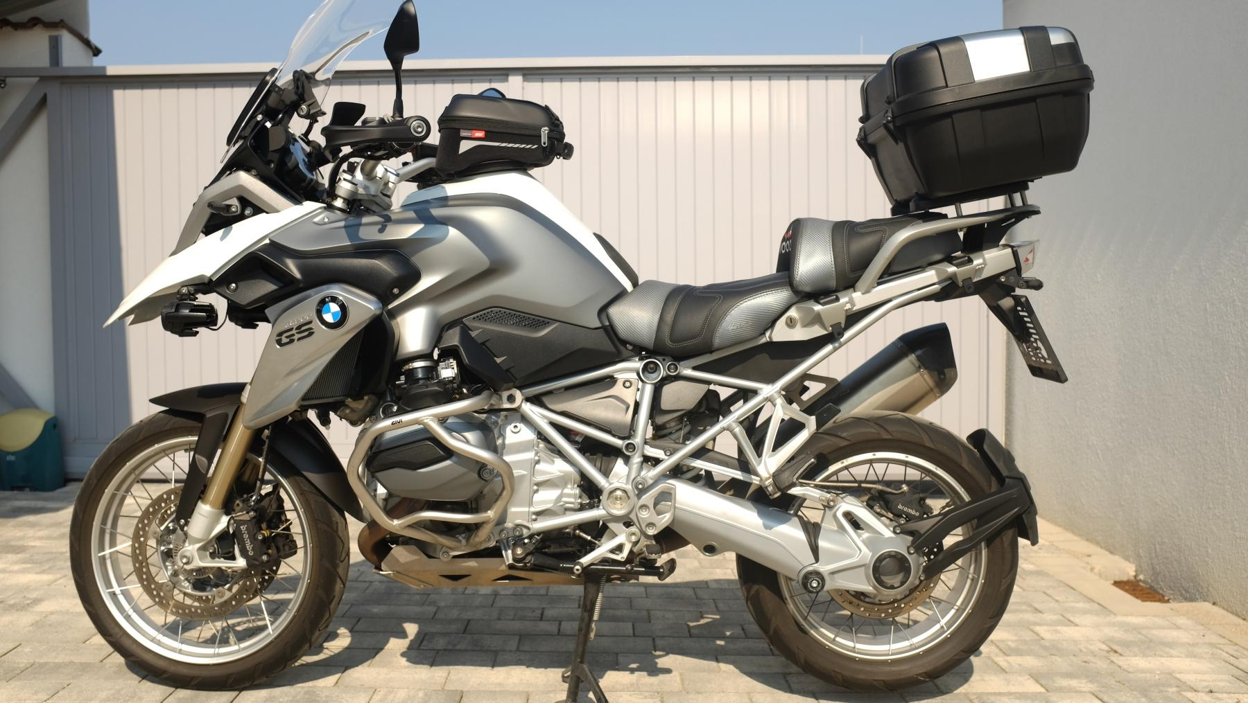 bmw r 1200 gs dauertest zubeh r wunderlich und givi. Black Bedroom Furniture Sets. Home Design Ideas