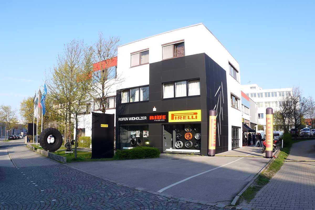 der erste ride passion store in deutschland motorrad fotos motorrad bilder. Black Bedroom Furniture Sets. Home Design Ideas