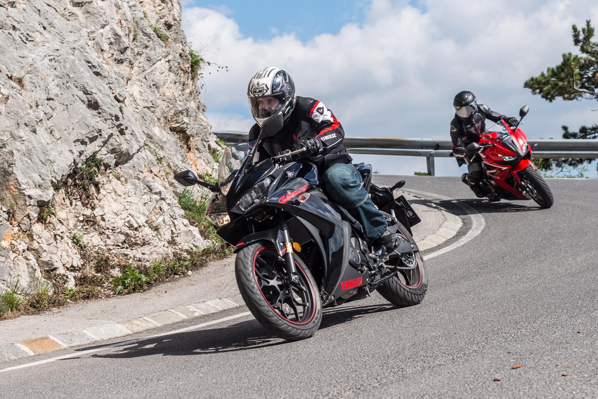 A2 Vergleichstest: Honda CBR500R vs. Yamaha YZF-R3 Foto