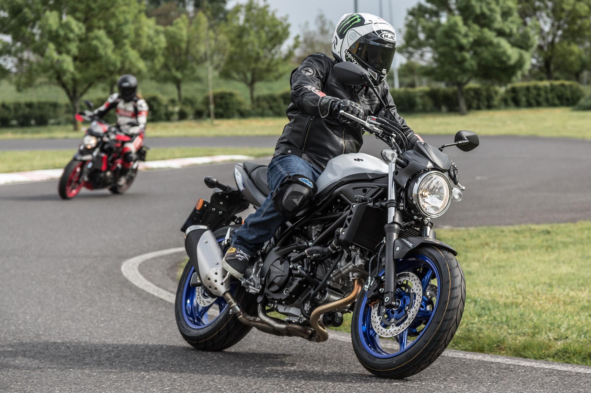 Einsteiger Nakedbikes 2016: Yamaha MT-07, Honda CB650F & Suzuki SV650 Foto