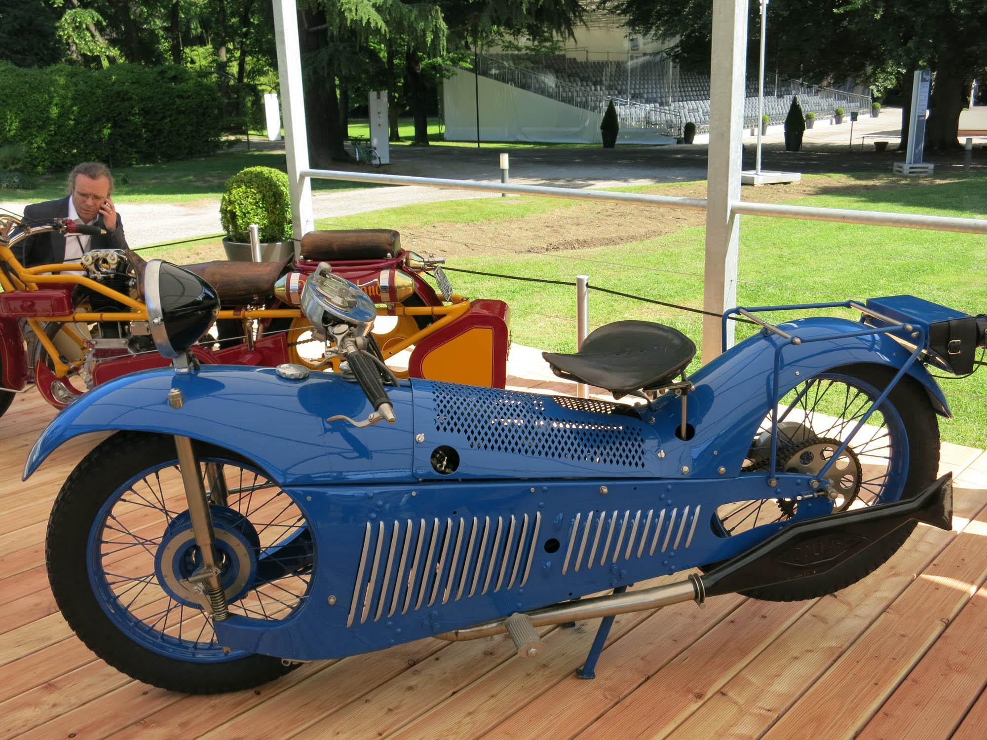 extrem seltene oldtimer motorr der concorso d 39 eleganza. Black Bedroom Furniture Sets. Home Design Ideas