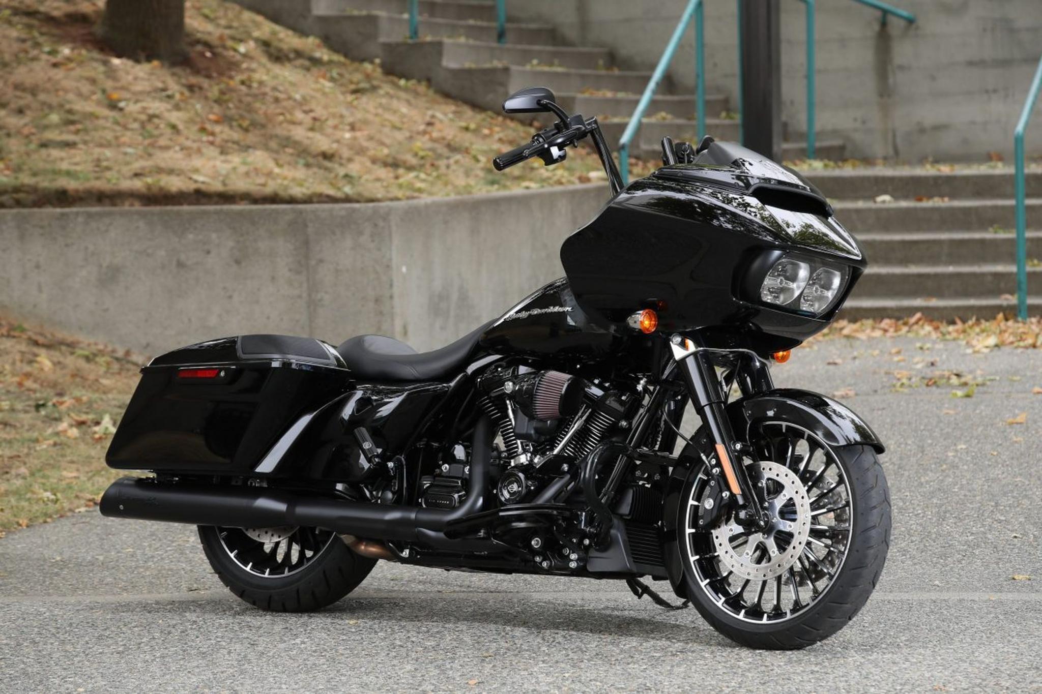 Harley Davidson Road Glide Special Colors