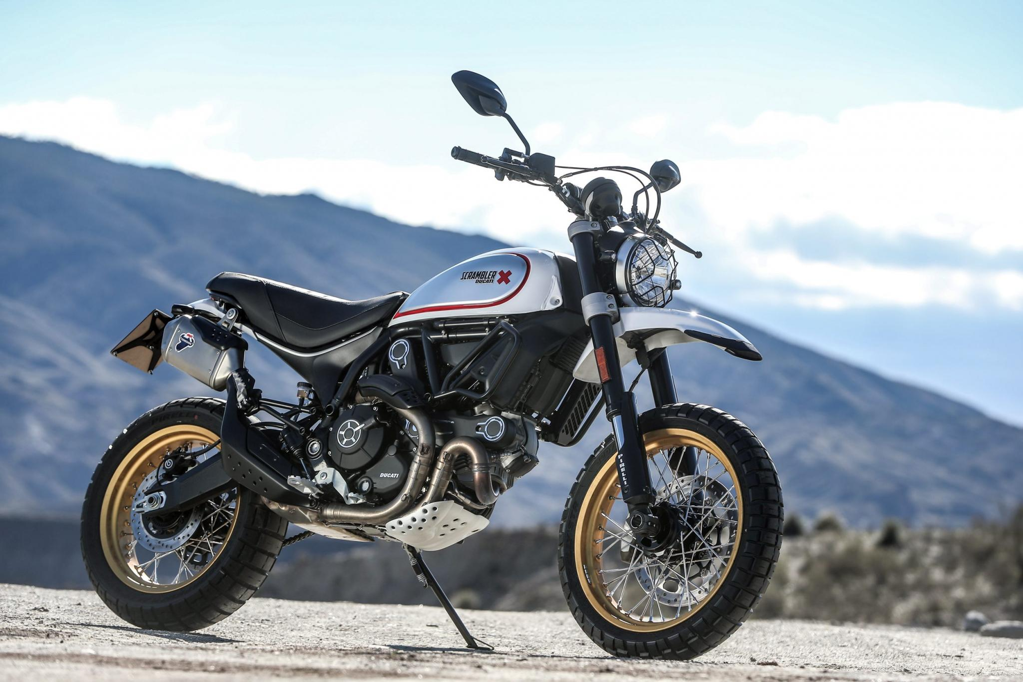 ducati scrambler desert sled test 2017 motorrad fotos motorrad bilder. Black Bedroom Furniture Sets. Home Design Ideas