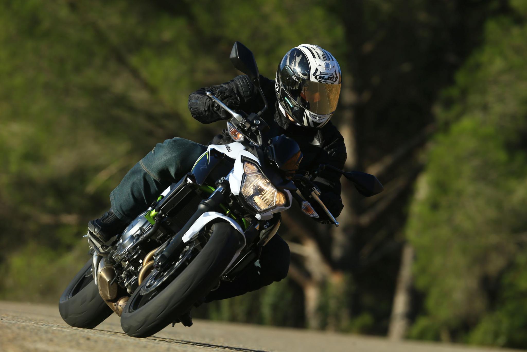 Kawasaki Z 650 Test Foto