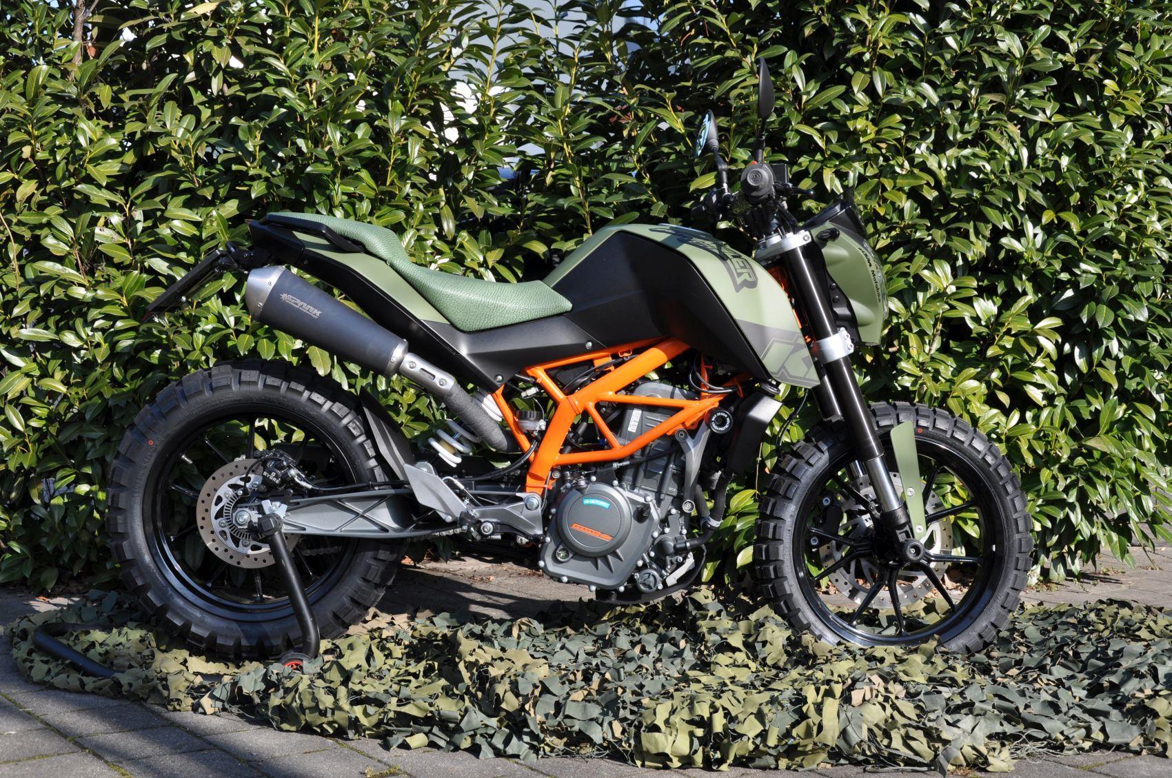 390 Duke Scrambler by Motobike Foto