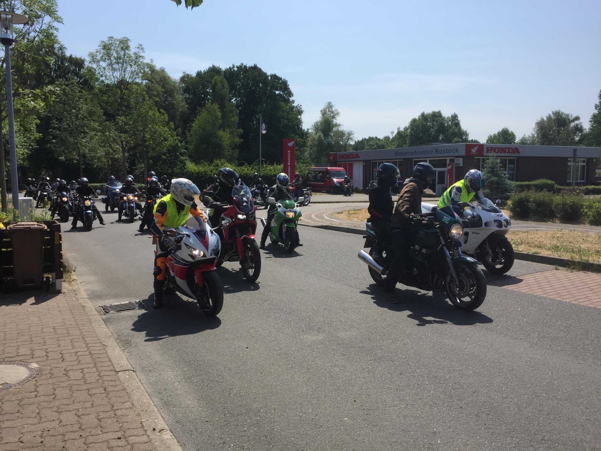 Unternehmensbilder Motorradcenter GmbH Rostock 15