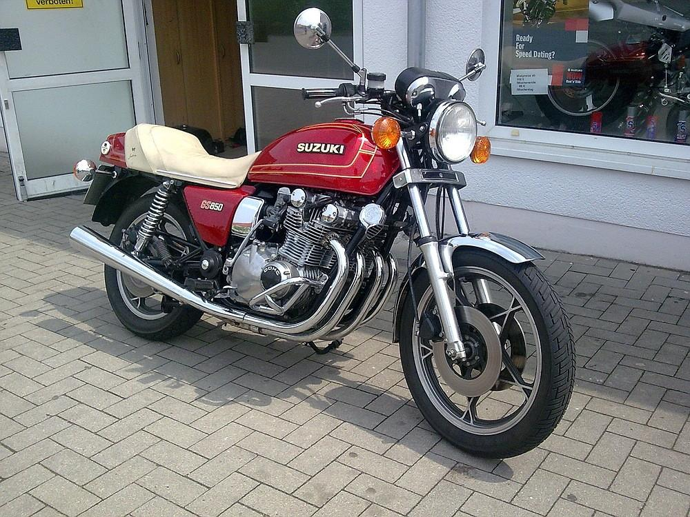 pin oldtimer klassiker motorrad honda cb 400 t bj 1978 on pinterest. Black Bedroom Furniture Sets. Home Design Ideas