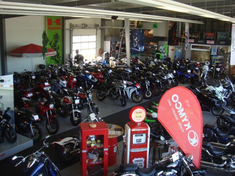 Unternehmensbilder Motorradsport Kunert GmbH 16