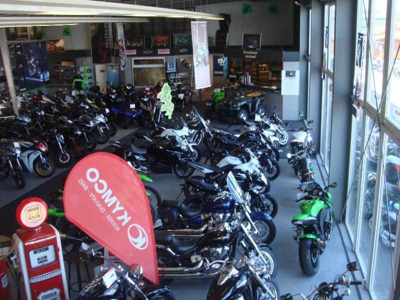 Unternehmensbilder Motorradsport Kunert GmbH 18