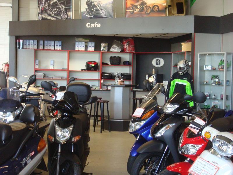 Unternehmensbilder Motorradsport Kunert GmbH 12