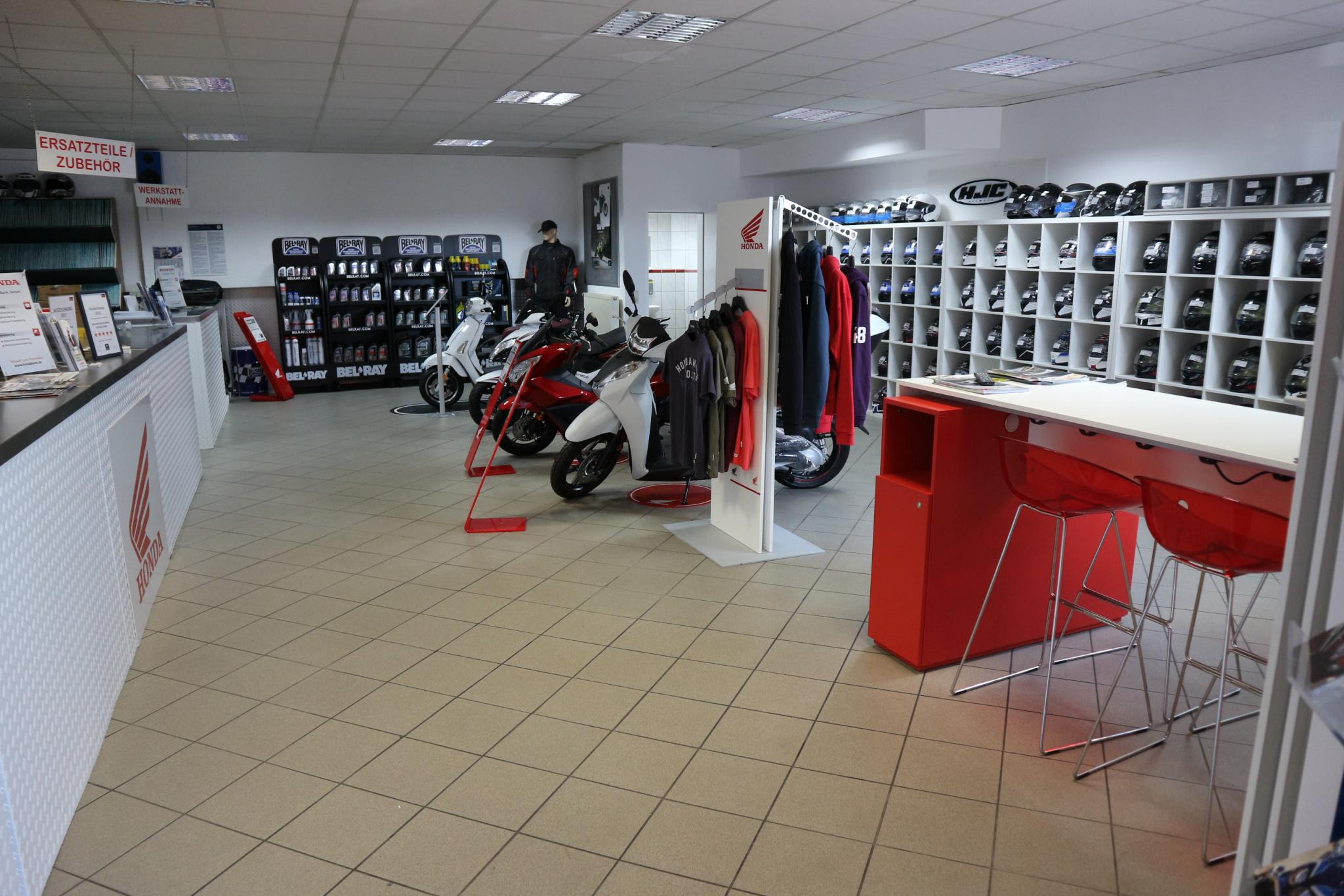 Unternehmensbilder Auto-und Motorradhaus Bürstadt GmbH 8