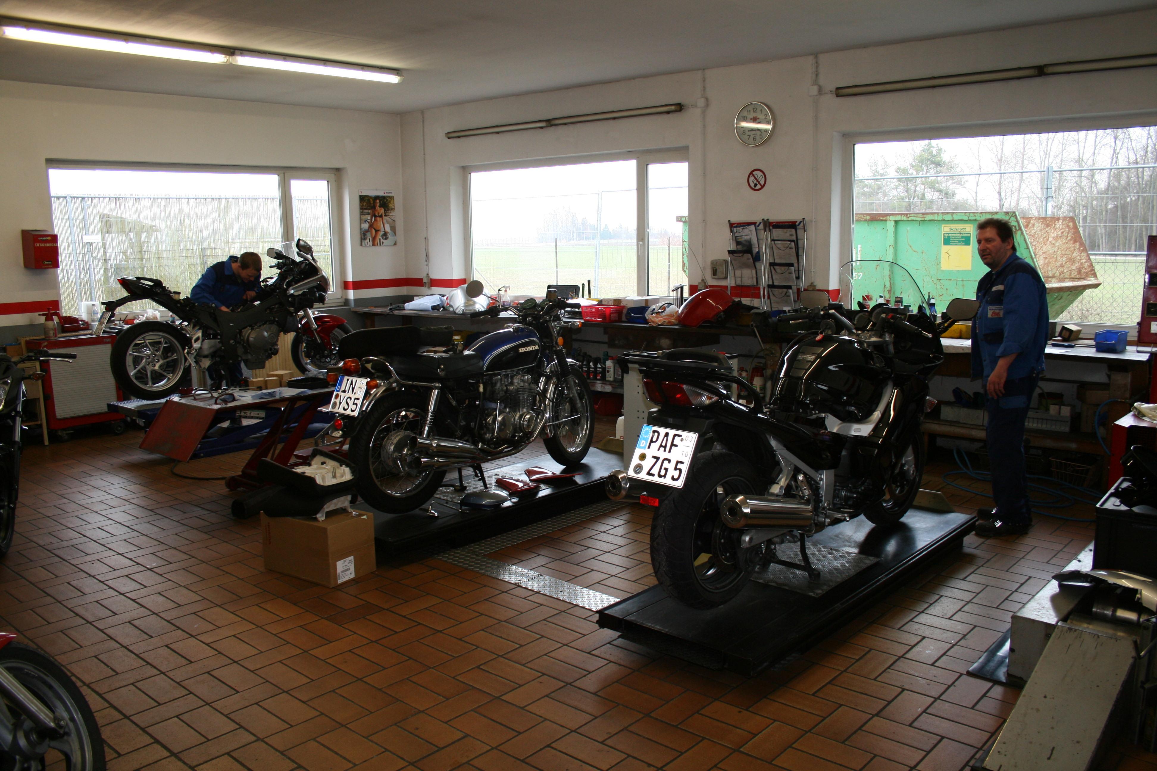 Unternehmensbilder Motorradhaus Schweiger GmbH 1