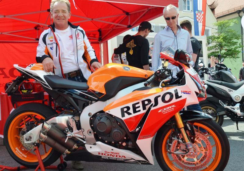 Unternehmensbilder Motorrad-Shop GmbH Evecan 14