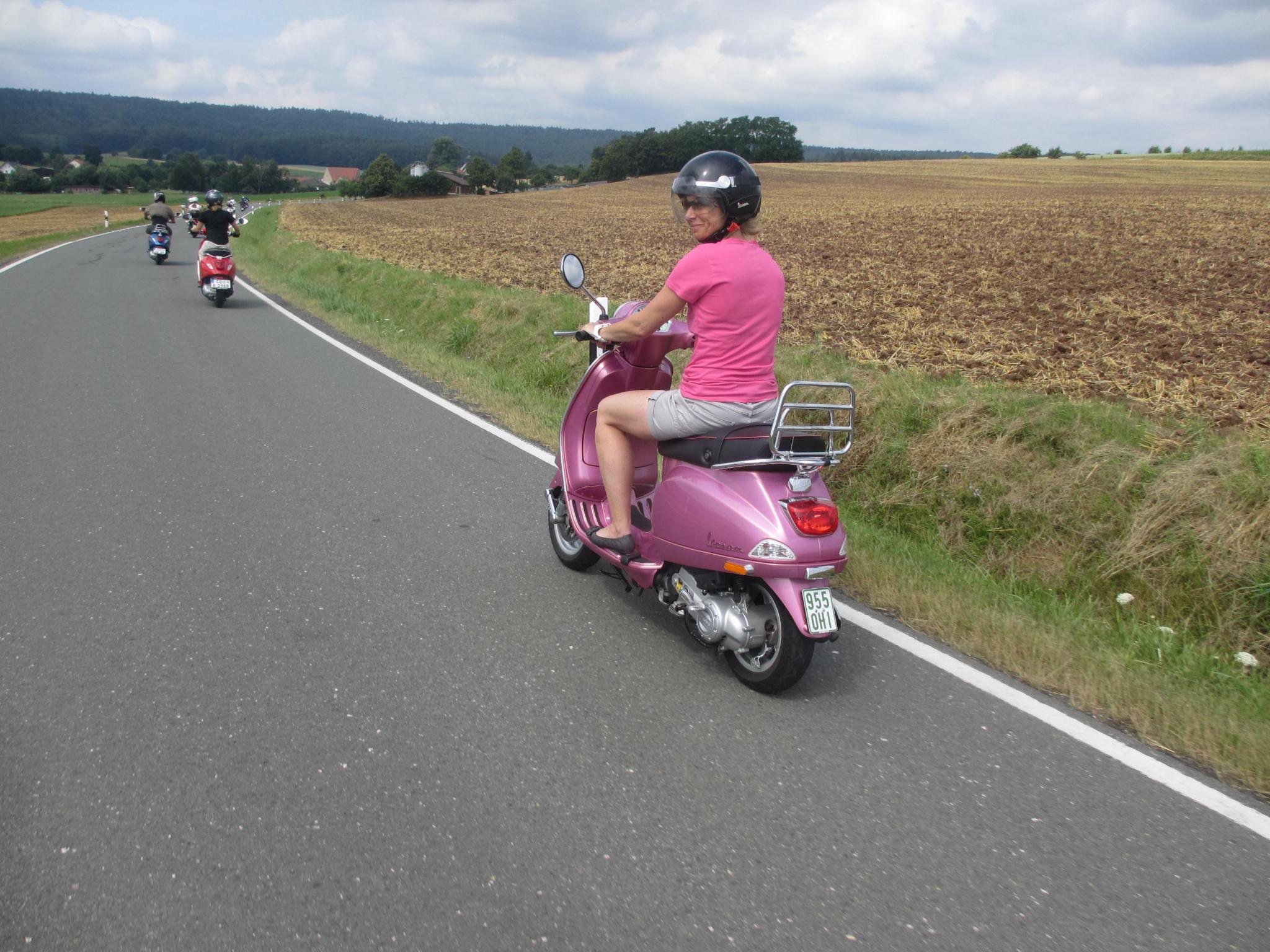 treffen online de motorrad Motorrad & roller adac im einsatz speichern sie oldtimer-tipps der adacde in ihren favoriten pannenmeldung online: melden sie eine panne im in- oder ausland.