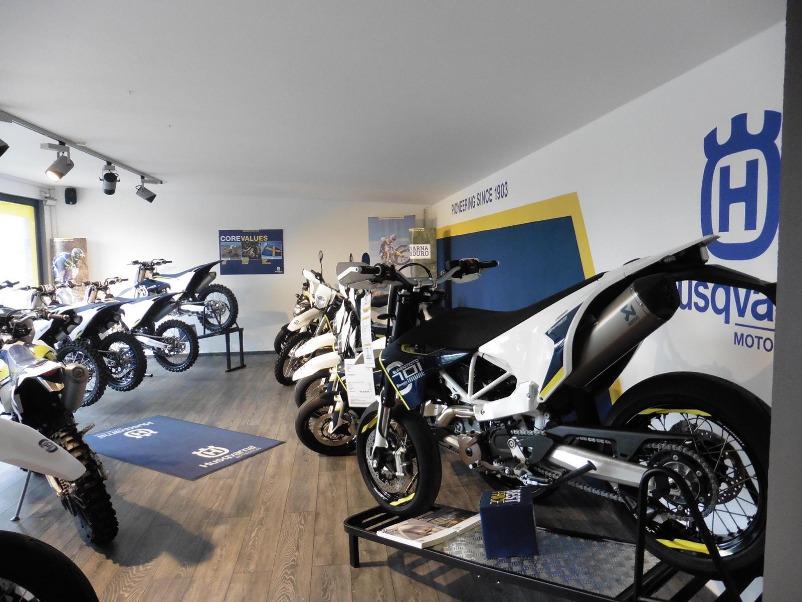 Unternehmensbilder Motorrad Streifeneder 10