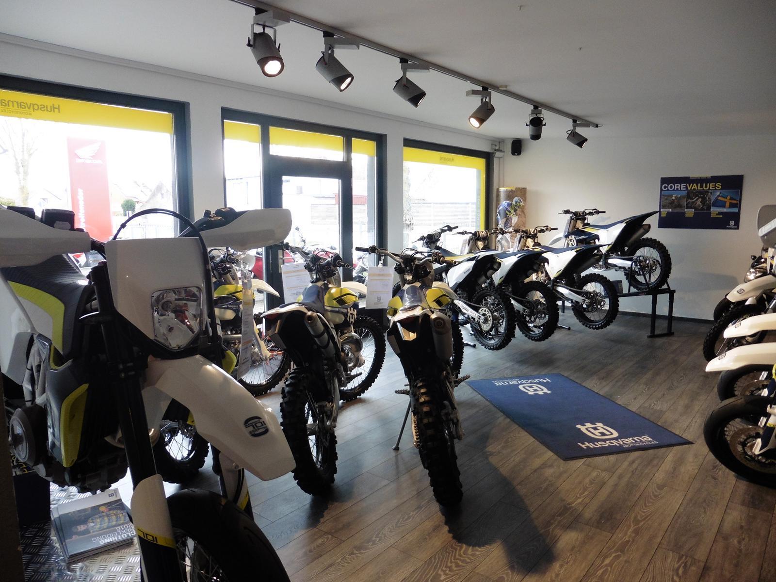 Unternehmensbilder Motorrad Streifeneder 11