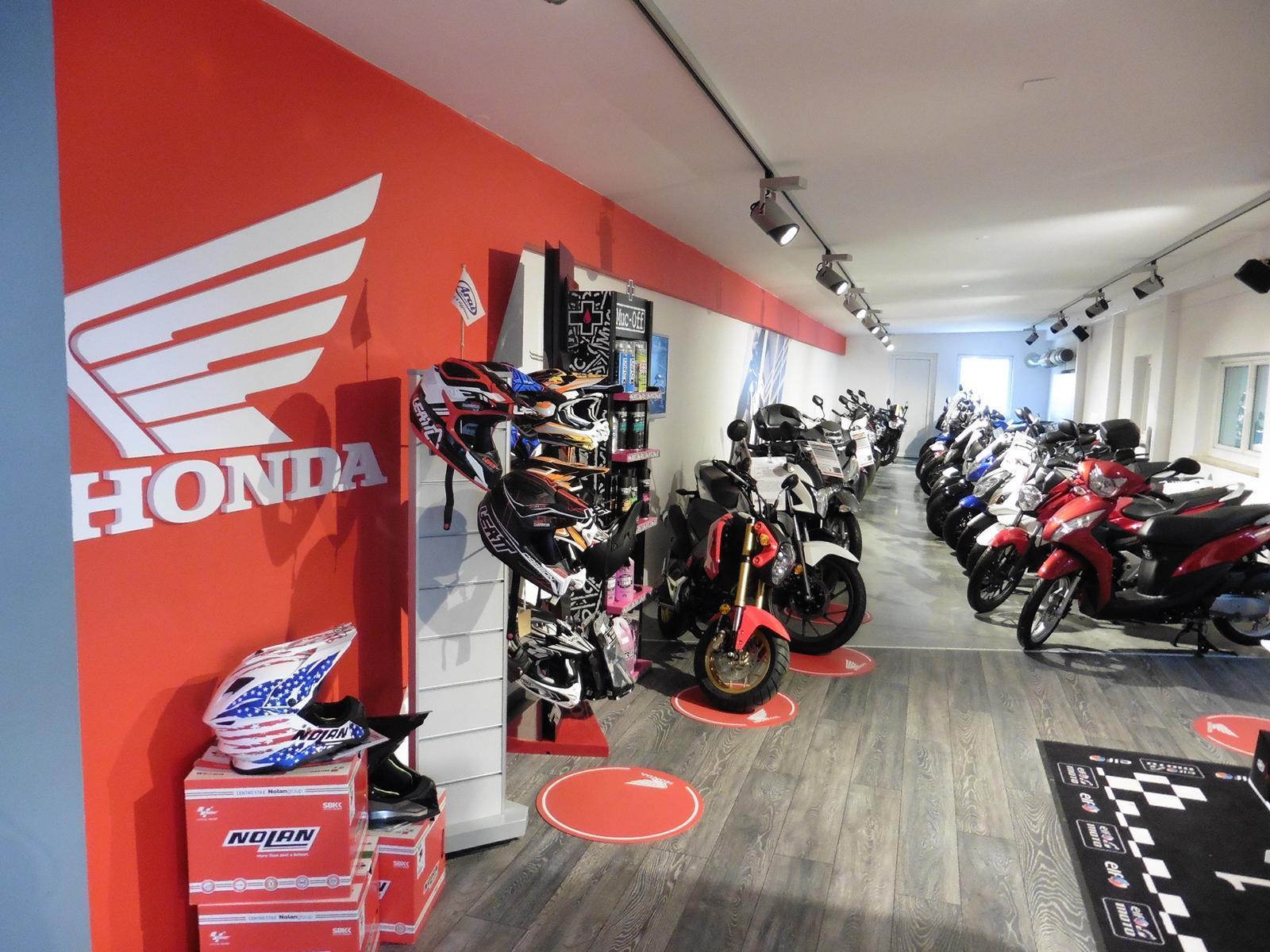 Unternehmensbilder Motorrad Streifeneder 13