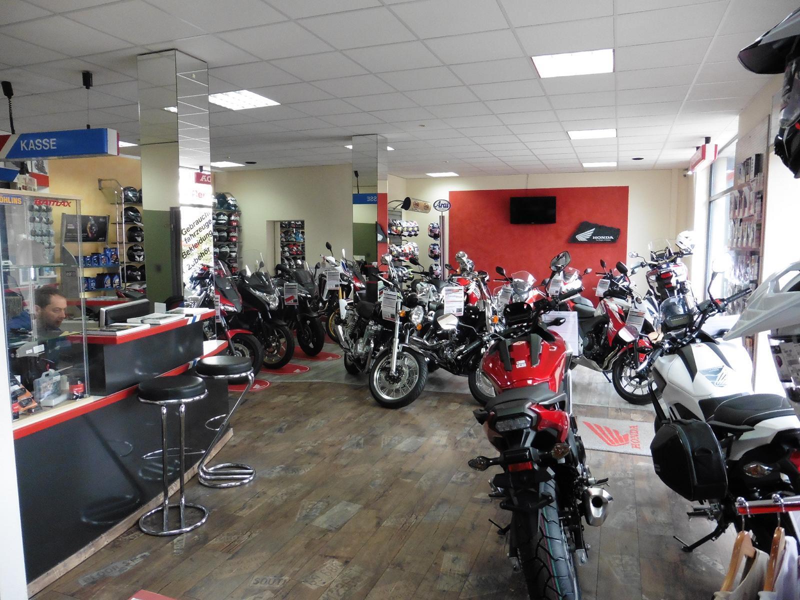 Unternehmensbilder Motorrad Streifeneder 15