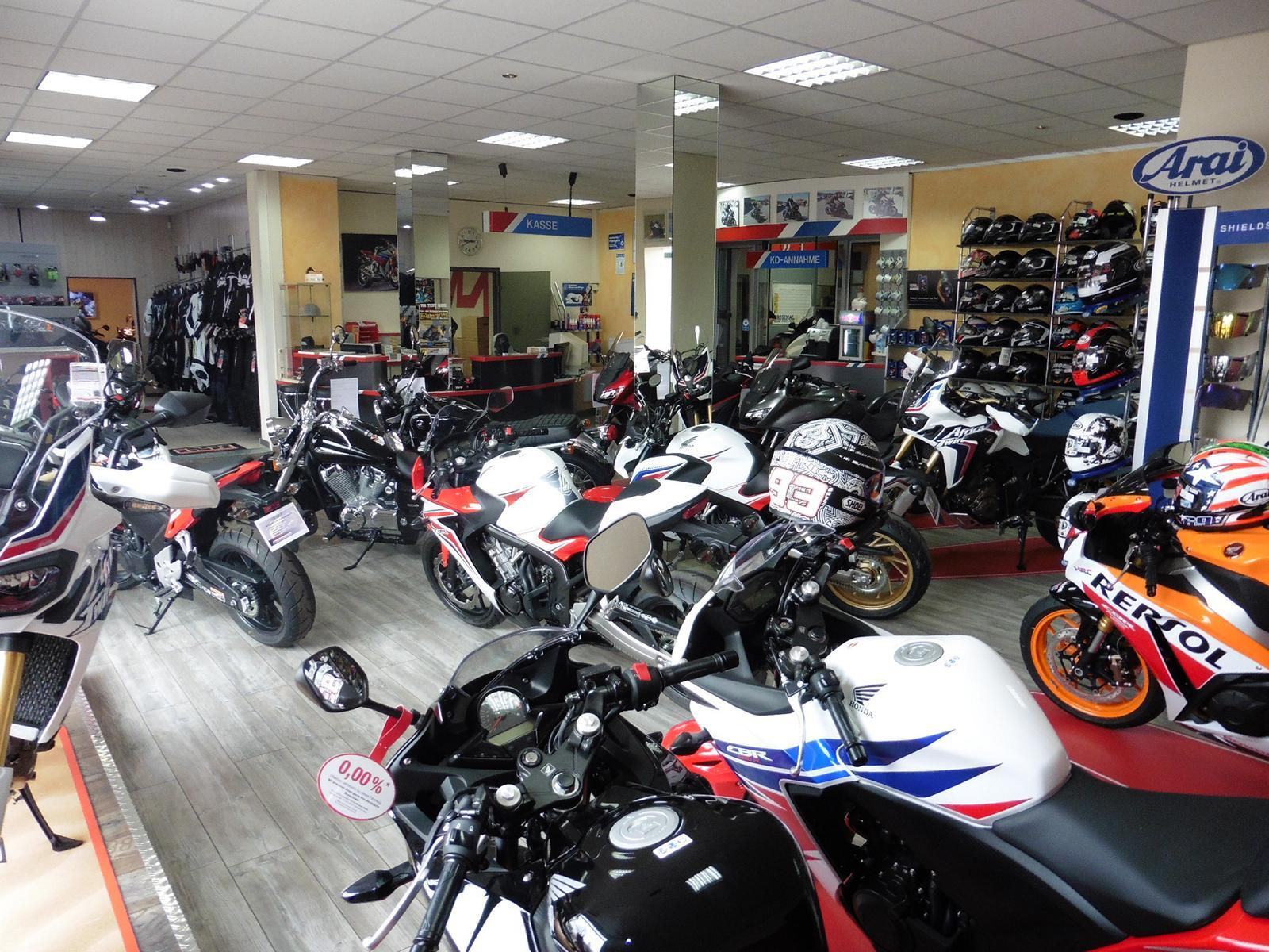 Unternehmensbilder Motorrad Streifeneder 18