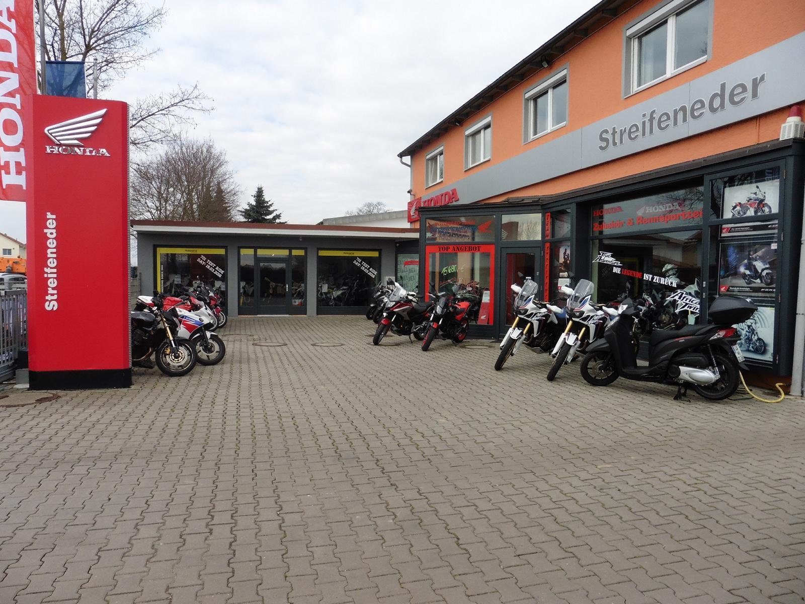 Unternehmensbilder Motorrad Streifeneder 19