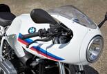 BMW R nineT Racer 2017 Bild 8 Außerdem bleiben die Modelle, so viele und so unterschiedlich sie auch noch werden mögen, durch den gemeinsamen Kern eindeutig als Familie erkennbar, was wiederum die Unverwechselbarkeit und Einzigartigkeit ausmacht.