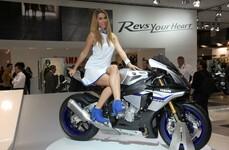 Yamaha YZF-R1M 2015 EICMA