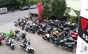 Motorrad Lippmann Bild 11 Full House in der Hochsaison. Nicht erschrecken ganz normal! (2015)