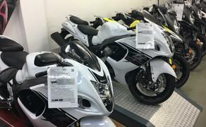 Motorrad Lippmann Bild 14 Motorradausstellung in der Suzuki Halle noch vor dem Umbau (2016).