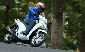 Honda SH125i Action Bild 6