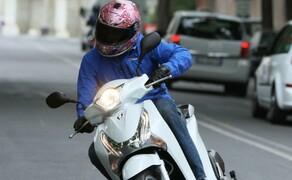 Honda SH125i Action Bild 7