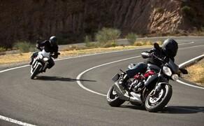 Triumph Street Triple R - Actionfotos Bild 4