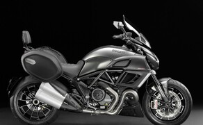 Ducati Diavel Strada Bild 3