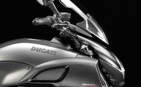 Ducati Diavel Strada Bild 5