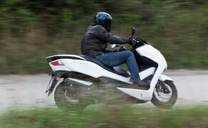 Honda Forza 300 MF08-2013 Bild 15