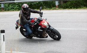 Kawasaki ER-6n-2013 Bild 2