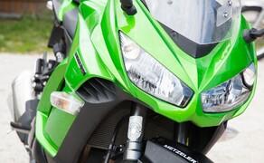 Kawasaki Z1000SX Test | Stunts, Action, Fahraufnahmen Bild 14