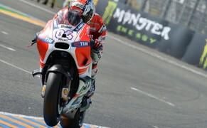 MotoGP Le Mans 2015 Bild 3 Andrea Dovizioso bestätigt die gute Performance der Ducatis und sichert sich den 3. Podestplatz. Sein Teamkollege Andrea Iannone wird immerhin noch Fünfter.