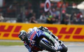 MotoGP Le Mans 2015 Bild 6 In direkter Schlagdistanz, nur 15 Punkte dahinter, lauert aber bereits Jorge Lorenzo.