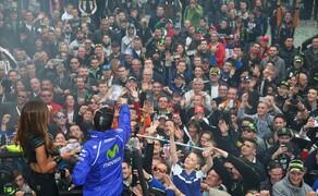 MotoGP Le Mans 2015 Bild 14 Die Stimmung war auch diesmal wieder sehr gut und ausgelassen - wie es sich bei einem guten WM-Lauf nun mal gehört!