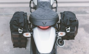 Trägersystem von SW-MOTECH für Legend Gear Seitentaschen im Retro-Design Bild 1 Neben der Standardversion der Seitentasche LC2 mit 13,5 Litern Fassungsvermögen steht für den Einsatz an Fahrzeugen mit oben liegendem Auspuff die kompakte 9,8-Liter-Tasche LC1 zum Verkauf.