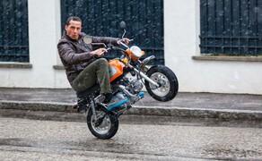 10 Motorräder mit niedriger Sitzhöhe 2016 Bild 13 Das 125er-Treibwerk beschleunigt flott auf fast 100 km/h.