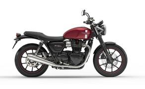 10 Motorräder mit niedriger Sitzhöhe 2016 Bild 9 Platz 5: Triumph Street Twin, 750 mm Wer eher kurze Beine hat und partout ein klassisches Bike sucht, wird mit der Triumph Street Twin gewiss glücklich.