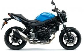 10 Motorräder mit niedriger Sitzhöhe 2016 Bild 5 Platz 7: Suzuki SV 650, 785 mm Die niedrigste unter den Einsteiger-Spaßgeräten mit Zweizylindermotor.