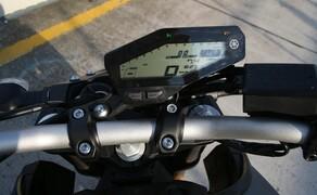 Yamaha MT-09 Rennstrecke 2016 - Action, Stunt, Detail Bild 12