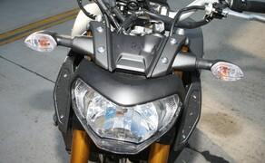 Yamaha MT-09 Rennstrecke 2016 - Action, Stunt, Detail Bild 13