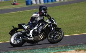 Honda CB650F Details und Eindrücke vom Pannonia Ring Bild 1
