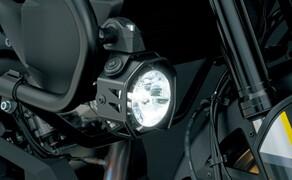 Suzuki V-Strom 1000 ABS 2017 Bild 17 Zur V-Strom 1000 XT gibt es nicht nur die schicken Felgen, sondern optional auch diese Zusatzscheinwerfer.