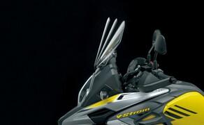 Suzuki V-Strom 1000 ABS 2017 Bild 19 Auch der Neigungswinkel des Windschildes lässt sich anpassen.