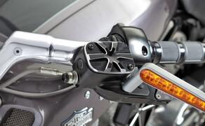 Harley V-Rod Umbau von Wunderkind Bild 2